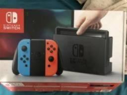 Nintendo Switch + 4 jogos + case