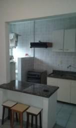 Apartamento no bairro Guilhermina em Praia Grande. Ref. 689