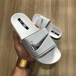 Sandálias Nike