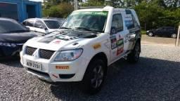 PAJERO TR4 2010/2011 2.0 4X4 16V FLEX 4P MANUAL - 2011
