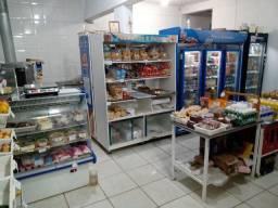 Vendo mini mercado e padaria