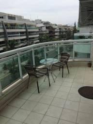 Título do anúncio: Lindo Flat Duplex com varanda - Frente para praia do Recreio - Posto 9