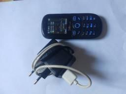 Celular 2 Chips com rádio e lanterna