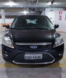 Ford focus Ghia 2.0 automático