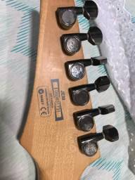 Vende-se Guitarra JEM7v7
