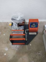 Máquina de estampar canecas e taças