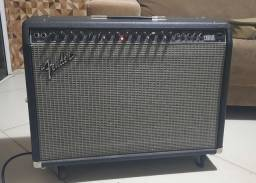 Amplificador Fender Ultimate Chorus 212