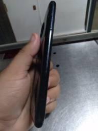 Moto G7 troco em outro com volta tem carregador e nota