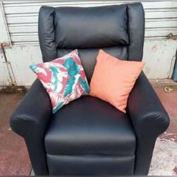 Reformas e Fabricações de estofados/poltronas/cadeiras/cabeceiras
