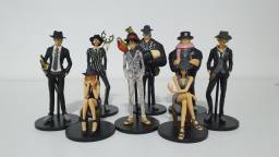 One Piece Super Styling Figures - Suit and Dress