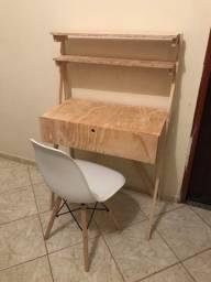 Escrivaninha com gaveta 100% artesanal