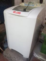 Título do anúncio: Máquina de Lavar Electrolux  7,5 Kg