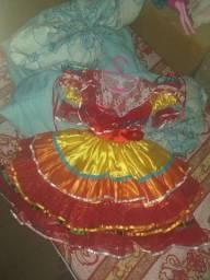 Vestido e bota infantil