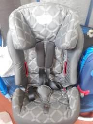 Cadeirinha de criança pra carro