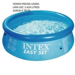 Vendo piscina 2419 litros usada 1x