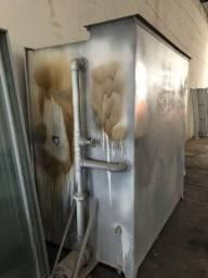Cabine de pintura usada no estado marcenaria 3000x2000