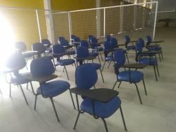 Cadeiras com braço seminário novas