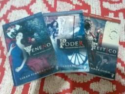 3 Livros da Saga Encantadas