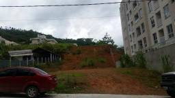 Aluga-se terreno no Baependi