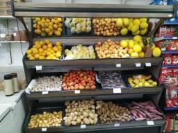 Em madeira, expositor de legumes e frutas NOVO