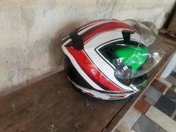 Vendo capacete MT original