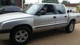 Vendo ou troco S10 diesel - 2001