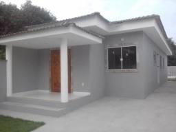 Casa Itaipuaçu - Bem localizada - R$ 390.000