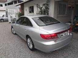 Hyundai Azera 2011 com 80000 km
