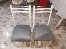Cadeiras semi nova
