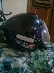 Vendo capacete tamanho 60