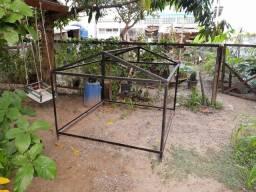 Base de ferro para casinha infantil