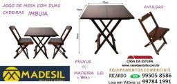 Título do anúncio: jogo mesas madeira com 2 cadeiras tampo pinus/madeira lei = novos com nf e garantia