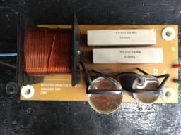 Divisores de frequência para caixas de som