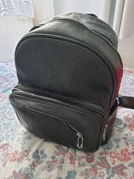 Título do anúncio: Vendo mochila