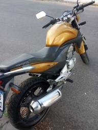 Honda CB 300 - mecânica nova