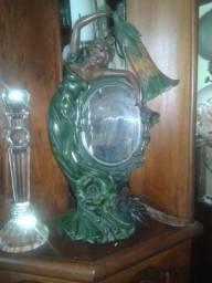 Belo Abajur e Espelho conjuntamente.