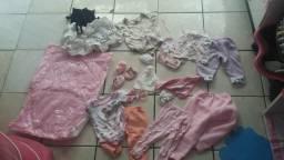 Lote de roupa de bebê menina troco