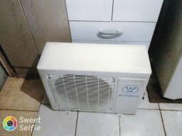 Condensador Westinhouse de 12000 btus semi-novo