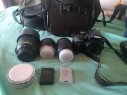 Nikon D3400 Vendo ou troco por peça de PC mais volta