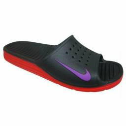 Chinelo da Nike novo