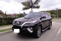 Hilux SW4 SRX 2.8 Diesel 7 Lugares - R$ 22.500,00