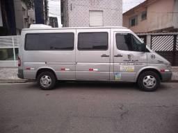 Uma van