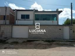 Casa com Excelente Localização - Piscina (Cód.: lc243)