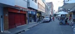 Alugo Boa Vista, loja em rua de grande movimento
