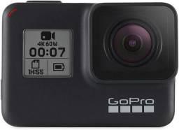 Câmera GoPro 7 Black + kit profissional (VENDO OU TROCO POR Iphone)