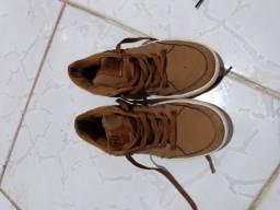 Sapato pontuação 31
