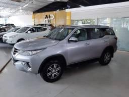 Toyota Hilux SW4 SRV 4x2 2.7 Flex