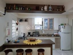 Título do anúncio: Casa à venda com 3 dormitórios em Nonoai, Porto alegre cod:333452