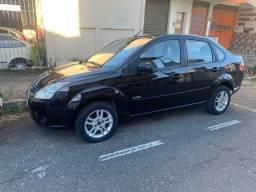Fiesta sedan 1.6 flex  2009