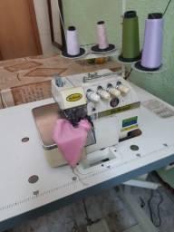Máquina de Costura Overlock